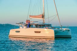 Fountaine_Pajot_Astrea_42_2