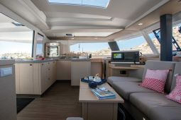 Fountaine_Pajot_Astrea_42_6