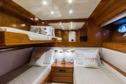 Amoraki_Motor_Yacht_30