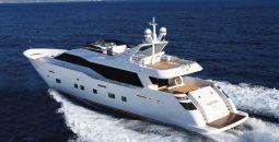 Aurora_Motor_Yacht_01