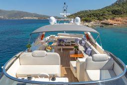 Divine_Motor_Yacht_07