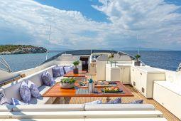 Divine_Motor_Yacht_08
