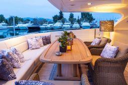 Divine_Motor_Yacht_16