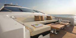 Duke_motor_yacht_08
