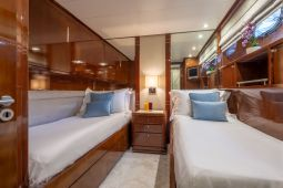 Grace_Motor_Yacht_15