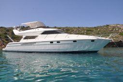 Harrylou_Motor_Yacht_01