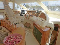 Harrylou_Motor_Yacht_06