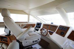 Harrylou_Motor_Yacht_08