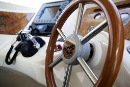 Harrylou_Motor_Yacht_09