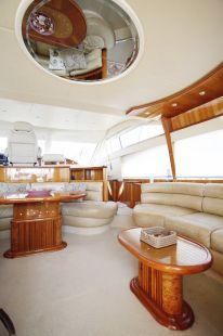 Harrylou_Motor_Yacht_11