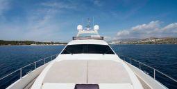 Julie_M_Motor_Yacht_04