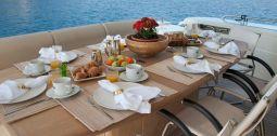 Julie_M_Motor_Yacht_11