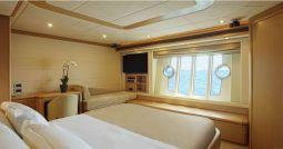 Julie_M_Motor_Yacht_19