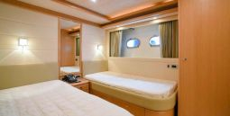 Julie_M_Motor_Yacht_23