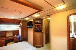 Kentavros_II_Motor_Yacht_27