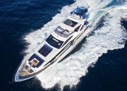 Memories_too_Motor_Yacht_02