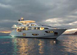 Memories_too_Motor_Yacht_05