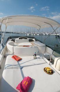 Poseidon_Motor_Yacht_05