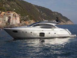 T2_Motor_Yacht_01