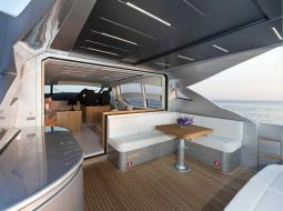 T2_Motor_Yacht_07