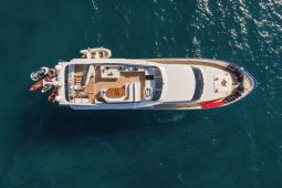 Zoe_motor_yacht_01