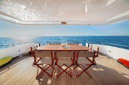 Zoe_motor_yacht_03