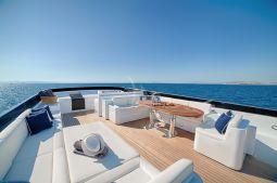 Zoe_motor_yacht_04