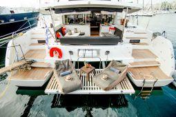 Alice_Sailing_Yacht_02