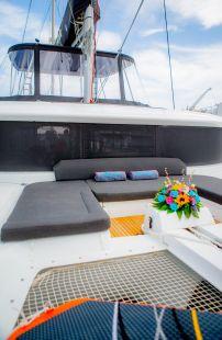 Alice_Sailing_Yacht_07