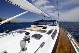 Amadeus_Sailing_Yacht_02