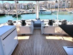 Atlantis_Sailing_Yacht_03