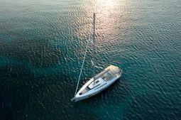 Mickey_G_Sailing_Yacht_03
