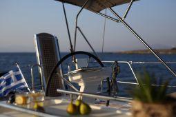 Mickey_G_Sailing_Yacht_09